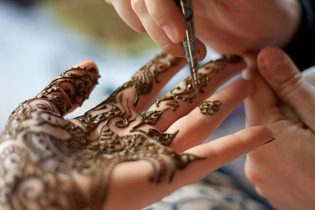 Aroos Al Husn Beauty Parlour