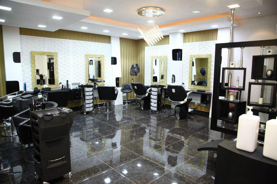 Caractere Gents Salon